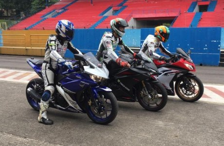 pebalap-trick-star-test-ride-cbr250rr-vs-ninja-250-vs-r25-3